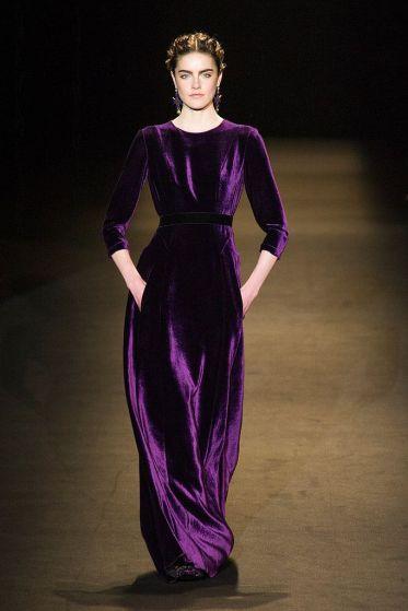 d781dae9cca531419ad9e2a53c34c2fe--velvet-gown-velvet-dresses